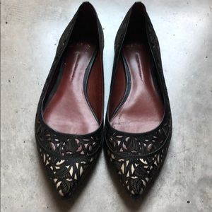 Gorgeous detailed pointy toe Aerin flats